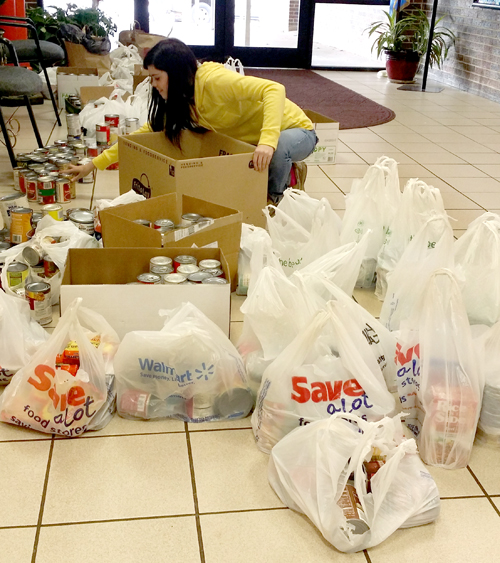 Elementary students donate food