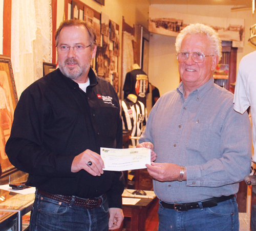 Museum gets check from PSO