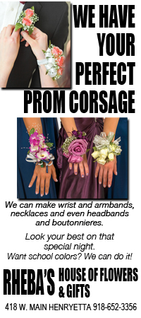 Rheba flower corsage